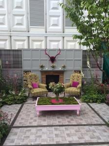 Outdoor sitting room